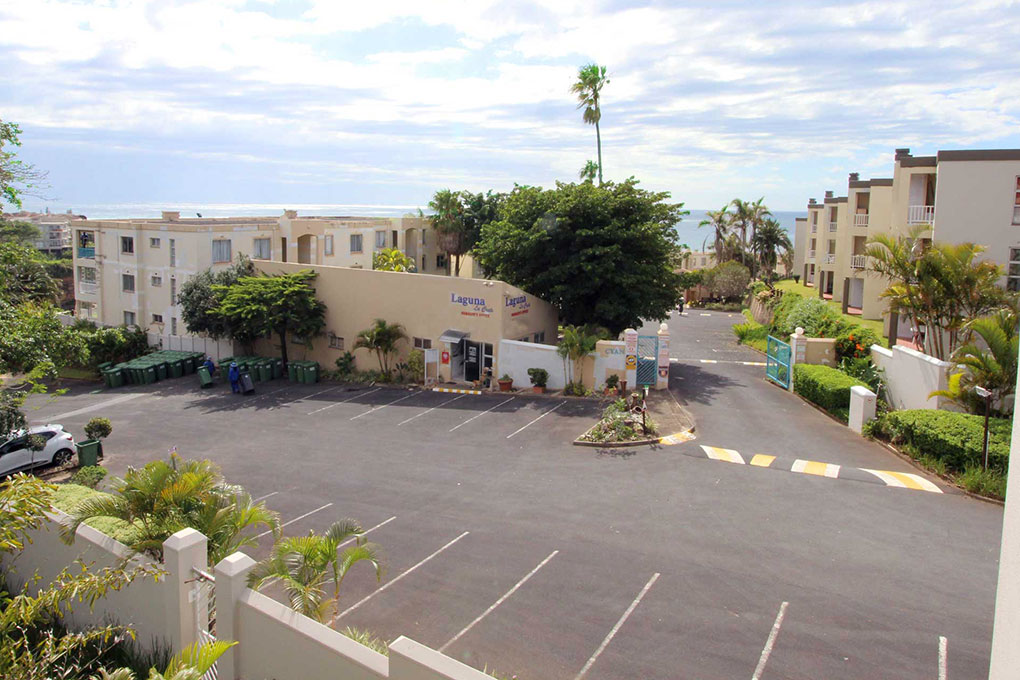 213 Laguna Le Crete - Ample Parking